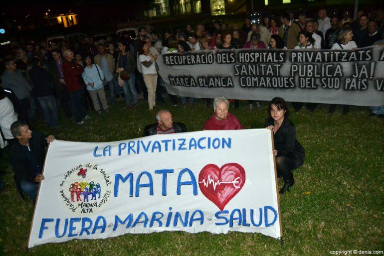 Concentración de protesta en el Hospital de Dénia