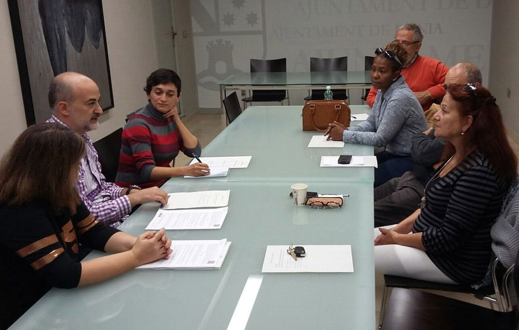 Podemos presenta su proyecto artesanal al Ayuntamiento de Dénia