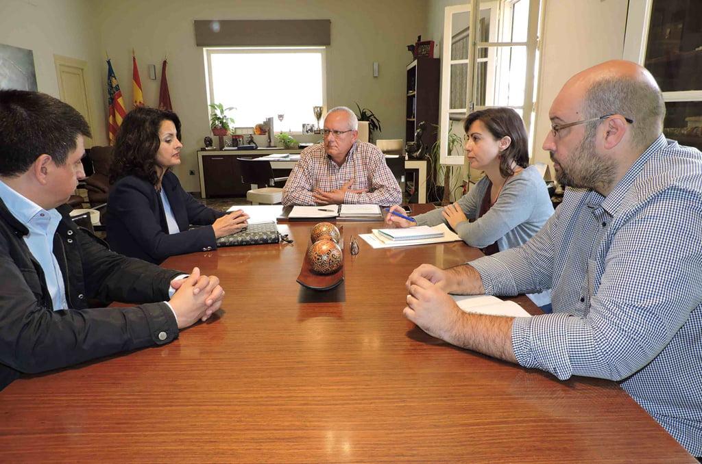 Reunión con la directora General de Costas en Dénia