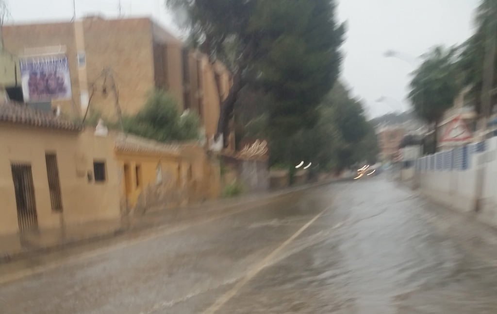 Carretera de Les Rotes inundada