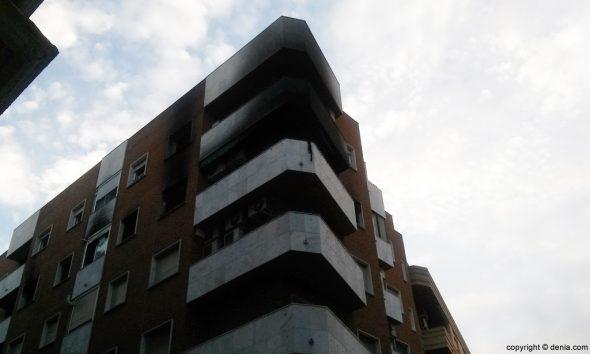 Incendio en la calle Teulada de Dénia