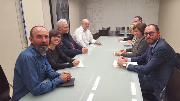 Reunión de Chofre con los grupos políticos