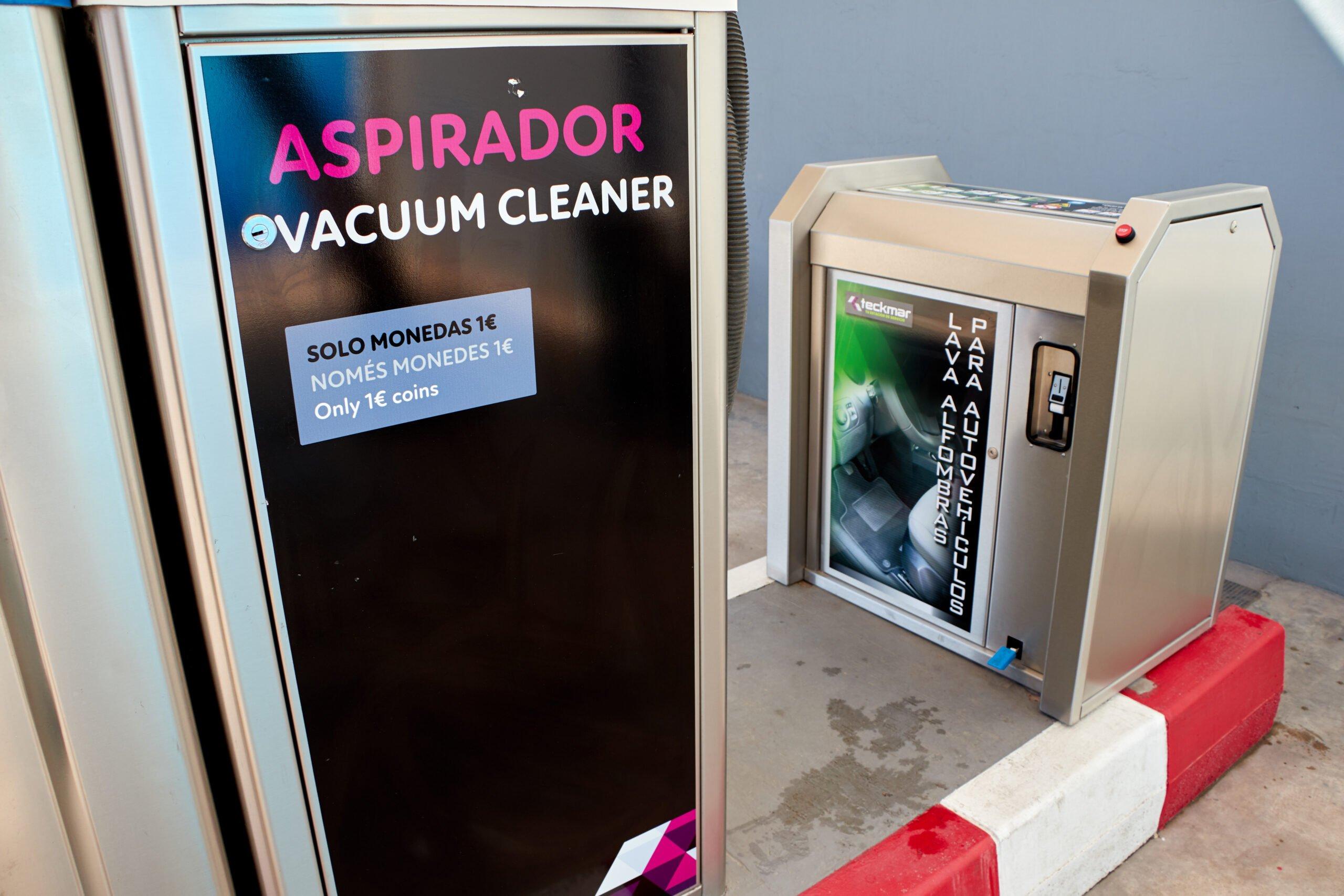 Aspirador y limpiador al vacío para limpieza de coches en Dénia – Gasolineras Teckmar