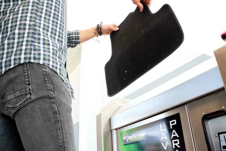 Última tecnología en limpieza de coches en Dénia - Gasolineras Teckmar