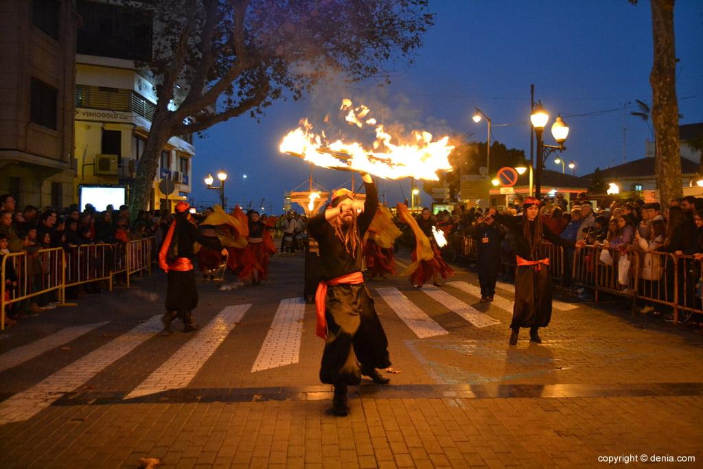 Cabalgata Reyes Magos 2015 – malabaristas de fuego