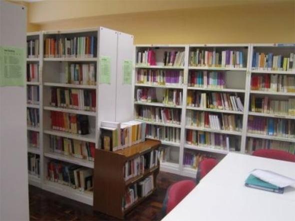 Biblioteca uned d nia d for Biblioteca uned