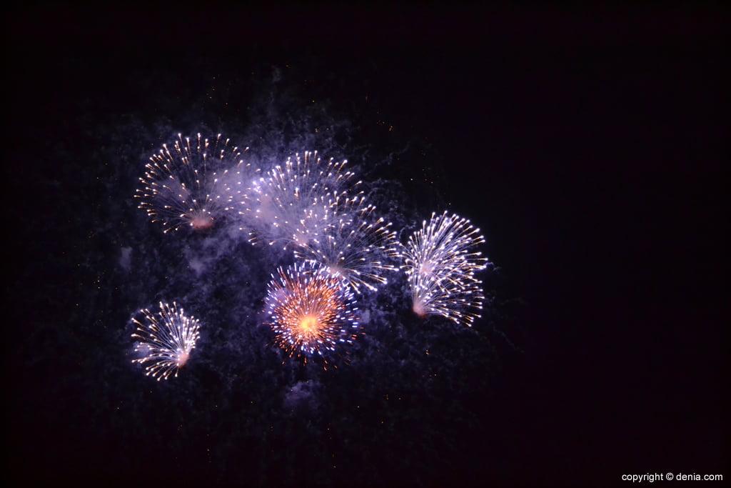 Castillo de fuegos artificiales en Dénia