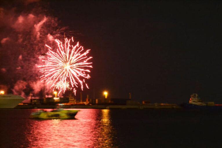 Fuegos artificiales en las fiestas de Dénia