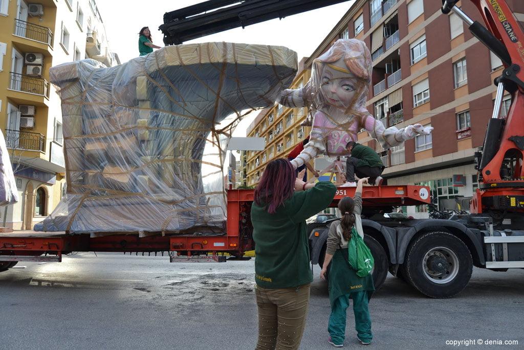 Plantà 2015 – Descarga de ninots del Saladar