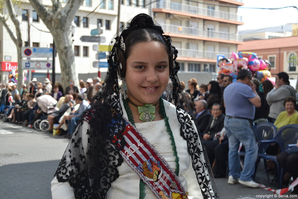 Ofrena de flors Falles de Dénia 2014 - Darrere del Castell - Angela Pa