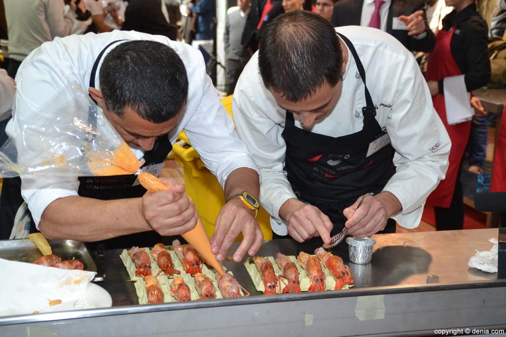 5º Concurso Internacional de Cocina Creativa de la Gamba Roja de Dénia – Elaboración de los cocineros