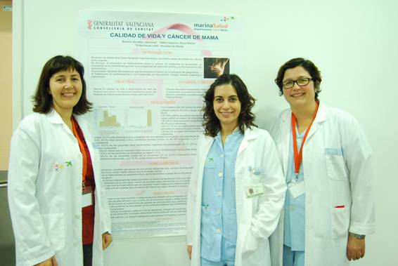 Enfermeras que han realizado un estudio sobre la calidad de vida en pacientes de cáncer de mama