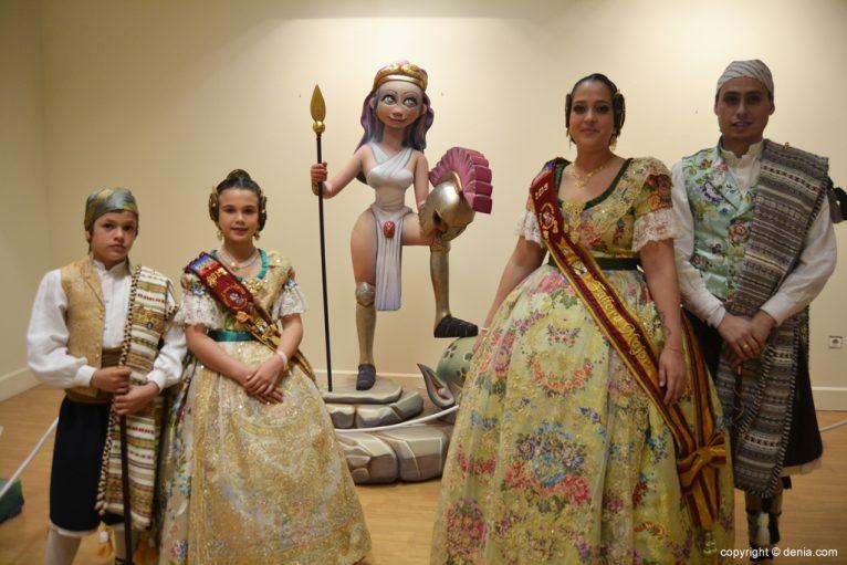 Inauguració exposició de l'Ninot 2015 - Els càrrecs de la falla Port Rotes amb el seu ninot