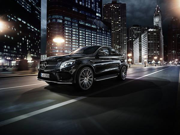 Mercedes negro