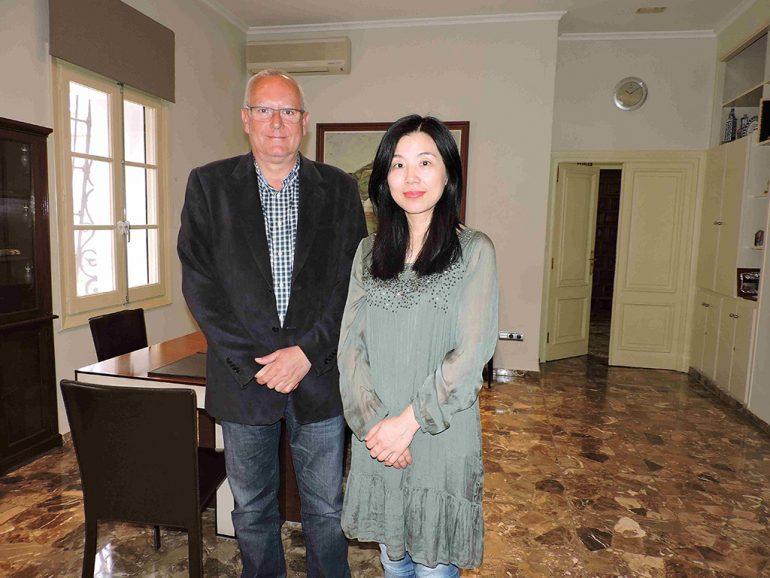 Fang Li junto a Vicent Grimalt