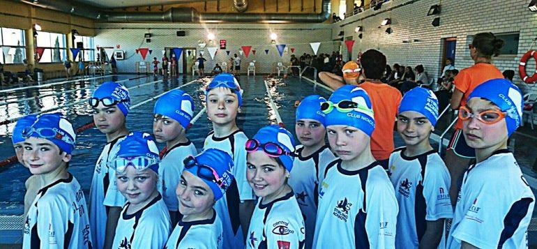 Nadadores benjamines del CN Dénia
