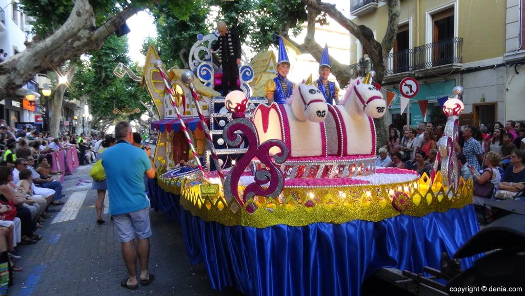 Carrozas Dénia 2015 – Carroza infantil Oeste