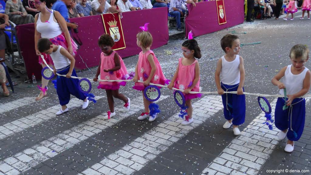 Carrozas Dénia 2015 – Comparsa Falla Campaments