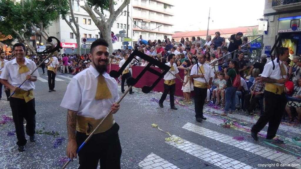 Carrozas Dénia 2015 – Comparsa Falla Diana