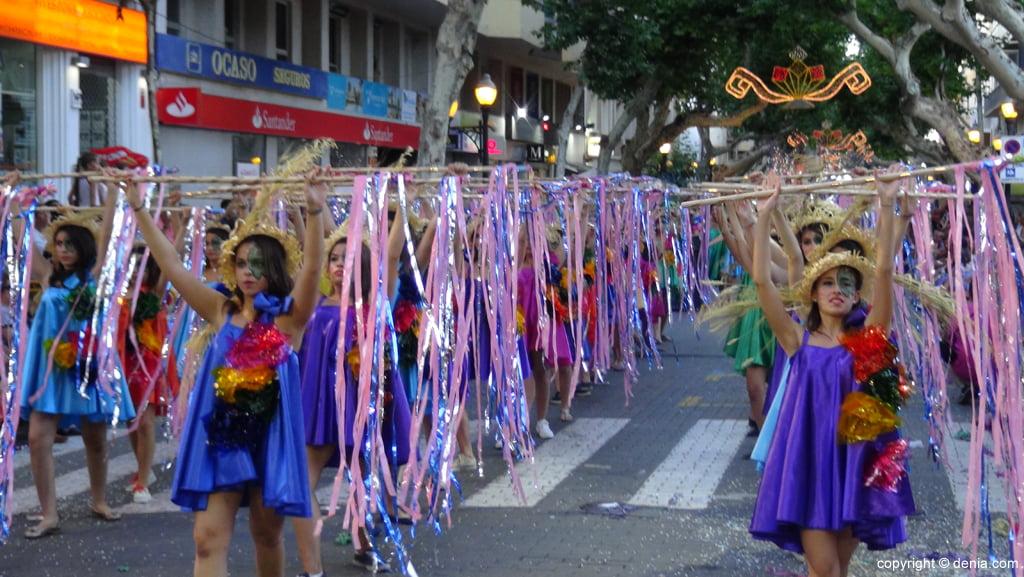 Carrozas Dénia 2015 – Comparsa infantil Falla Centro