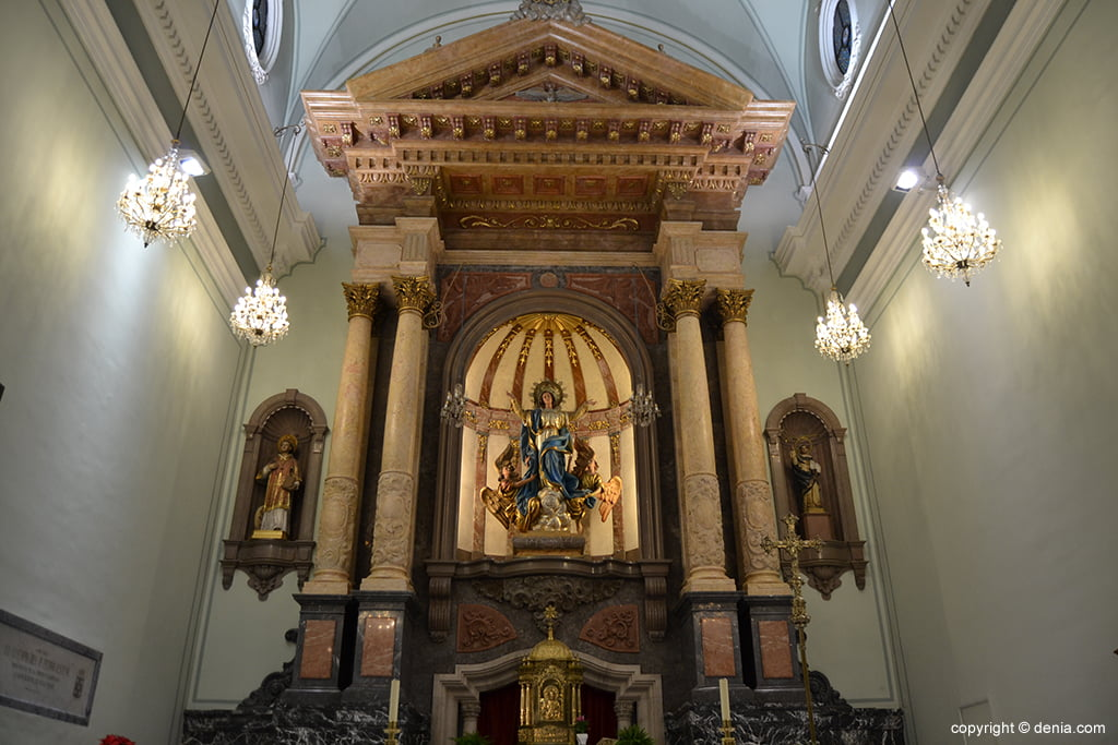 Altar of the Church of the Assumption in Dénia
