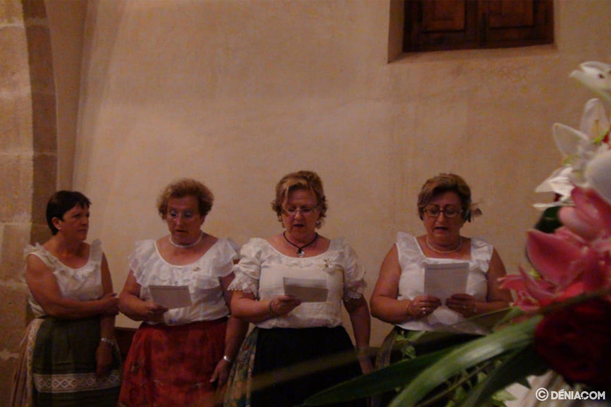 Cantos a San Juan en la ermita