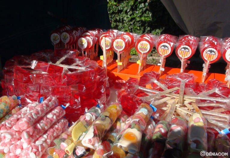 Caramelos en el porrat de Santa Paula