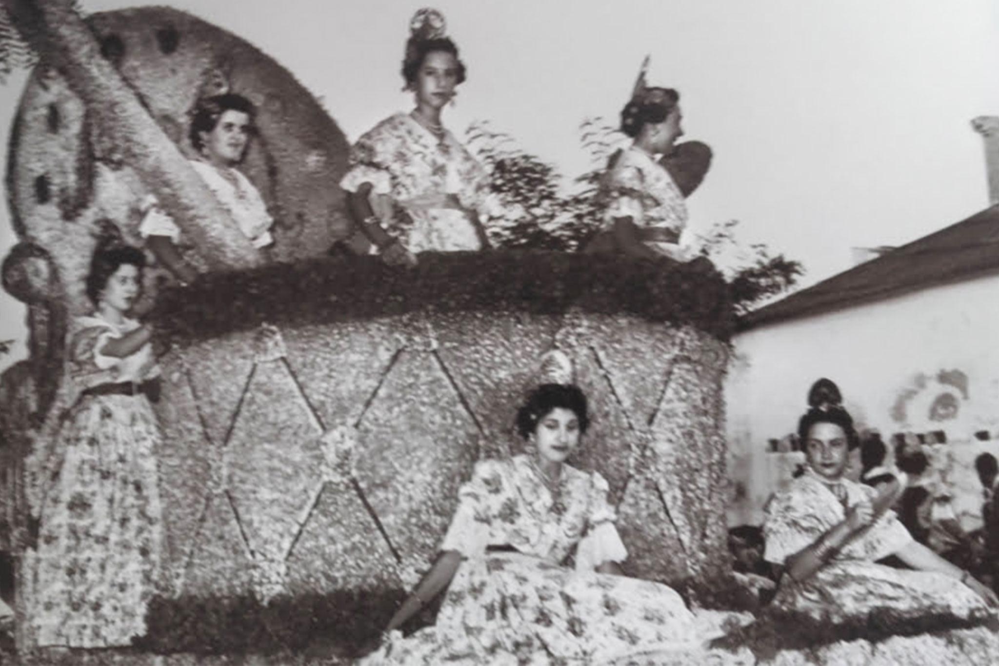 Carroza falla Baix la Mar – año 1957