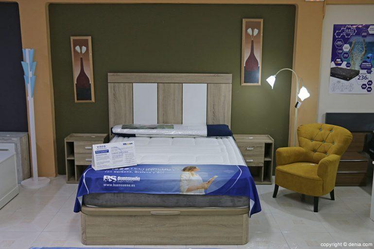 Dormitorio con canapé Muebles Mencor