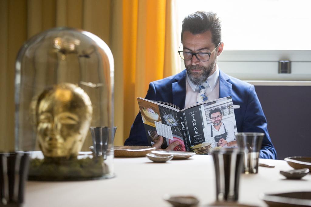 Quique Dacosta presents a book of tapas