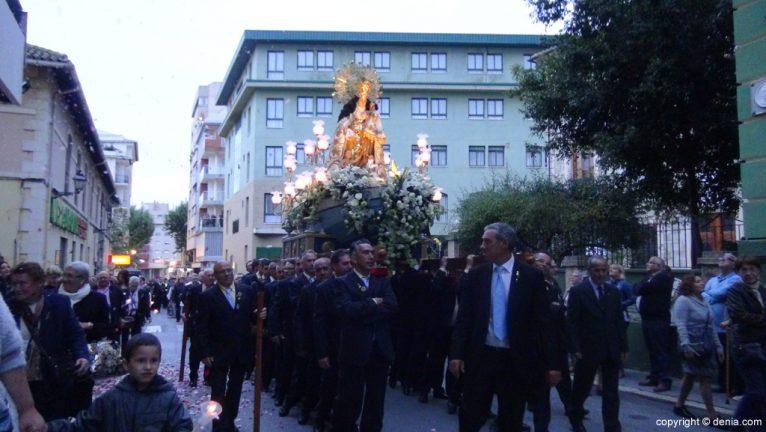 Procesión de la Mare de Déu dels Desemparats - Ofrenda Colegio Maristas