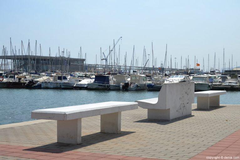 Puerto de Dénia - Bancos
