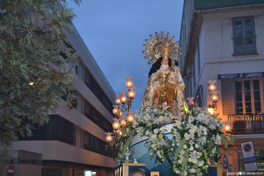 Procesión de la Mare de Déu dels Desemparats – Calle Cándida Carbonell