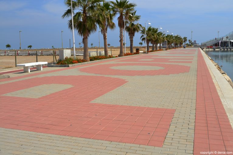 Puerto de Dénia - Paseo
