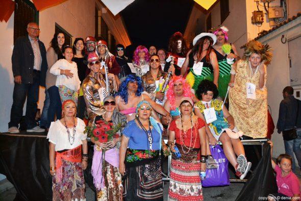 Fiestas Santíssima Trinitat Dénia - participantes en la Dansà Grotesca