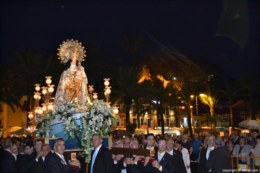 Procesión de la Mare de Déu dels Desemparats – puerto