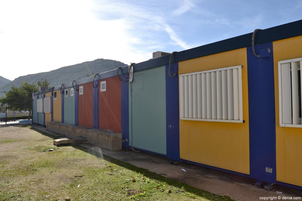 Barracones del colegio de La Xara