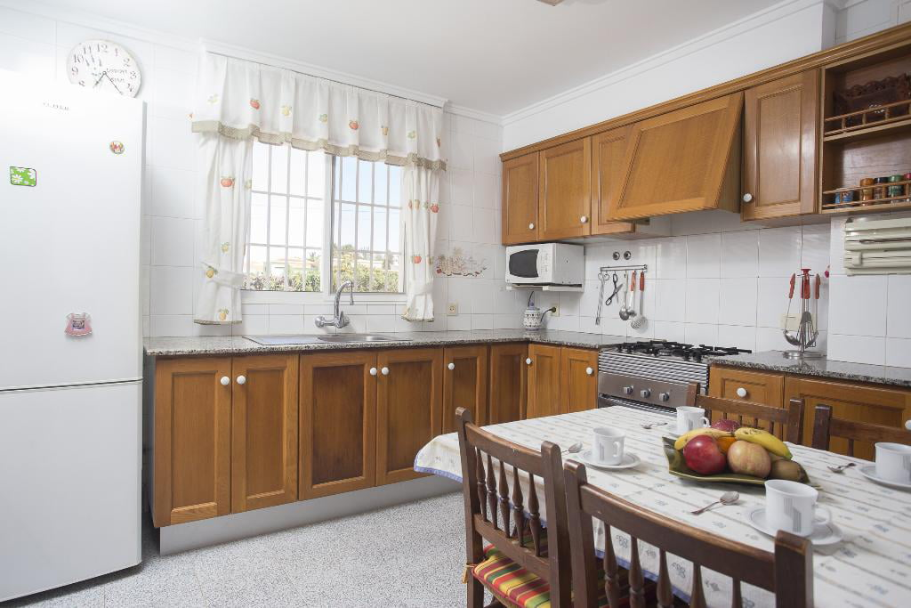 Cocina casa palabot quality rent a villa d for Cocinas quality