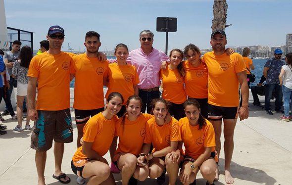 Jaime Portolés con su equipo del RCN Dénia