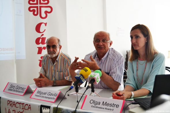 Presentación de la memoria Cáritas 2015 en Dénia