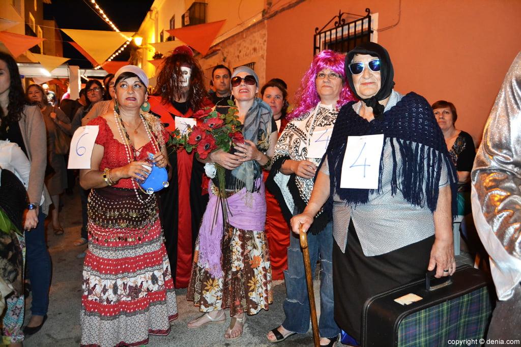 Fiestas Santíssima Trinitat Dénia – participantes en la Dansà Grotesca