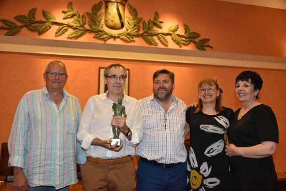 Lliurament del XIX Premi Ciutat de Dénia per a la Formació de Persones Adultes a Agustí Pascual Cabo.