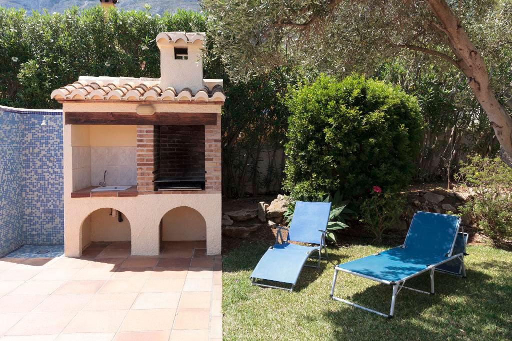 Barbacoa casa Kaba Quality Rent a Vila