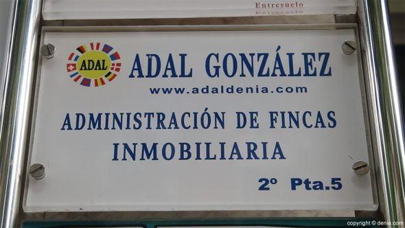 Adal Inmobiliaria fachada