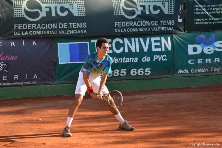 Jaume Munar preparado para recibir la bola