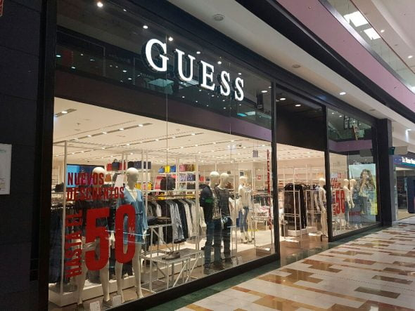 Nueva tienda Guess en Portal-de-la-Marina