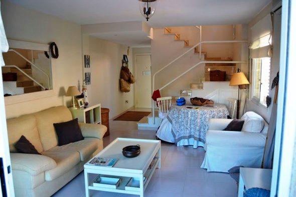 Trouver une maison parfaite vendre avec piscine et 300m for Trouver une maison