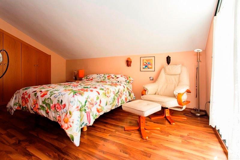 Dormitori de l'àtic Euroholding