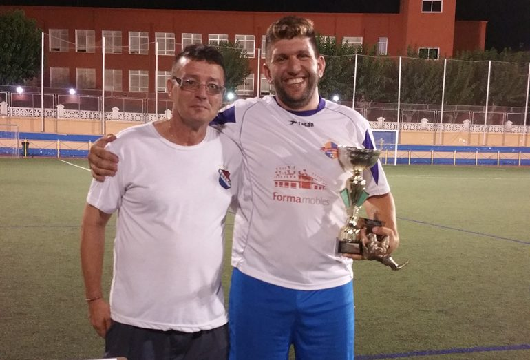 Youth captain Teulada-Moraira with runner-up trophy