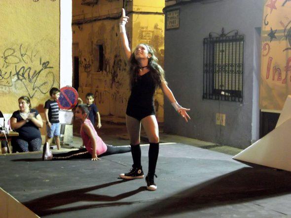 Sara Sendra en plena actuación